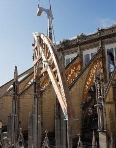 Pose de cintre sur Notre-Dame